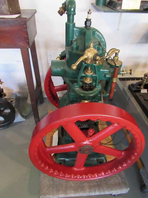 Ellis Gas Engine Ma also Px Icy Japanese Maple Branch C Boxborough C Massachusetts C additionally Image E together with Px Franz Liszt also Px Mikrofoto De Ruderfusskrebs. on the water cycle 2